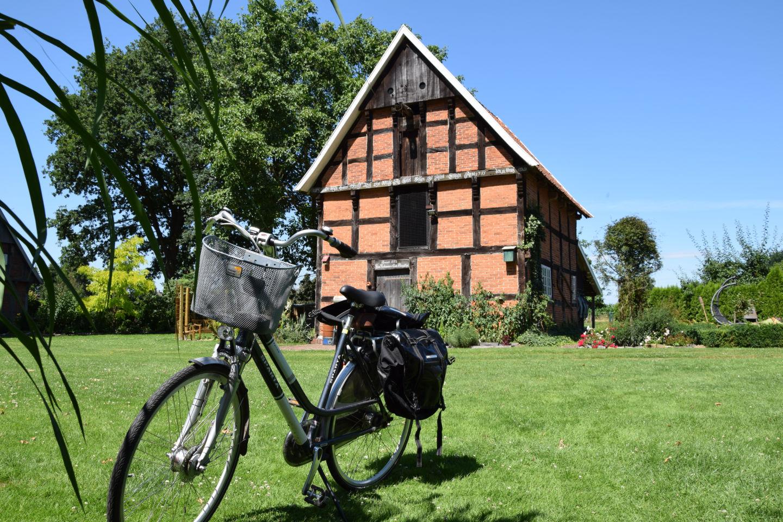 Ferienhof Roehsmann Badbergen - Freizeitangebot Radfahren - Bild 1